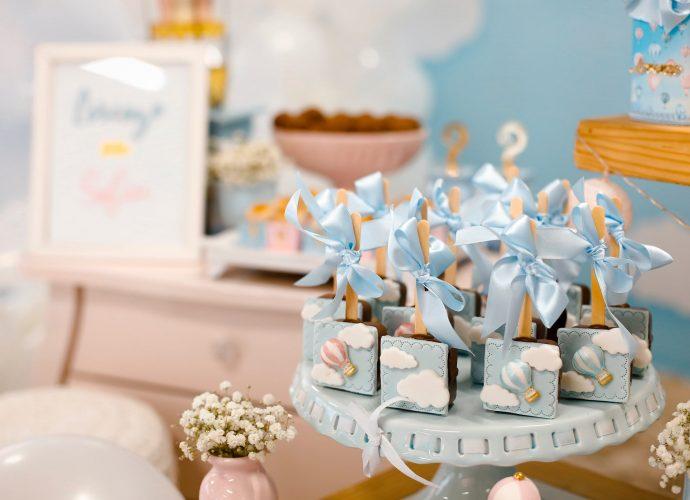 Festeggiare il baby shower: idee, inviti e allestimenti