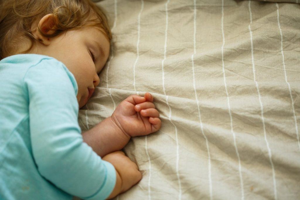 Routine della buonanotte per bambini e neonati trucchi
