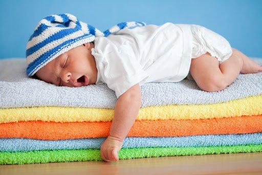 insegnare al bambino ad addormentarsi da solo