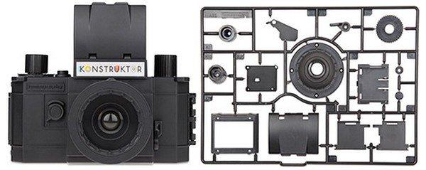 Konstruktor la fotocamera da costruire