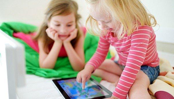 Come proteggere i bambini quando giocano online