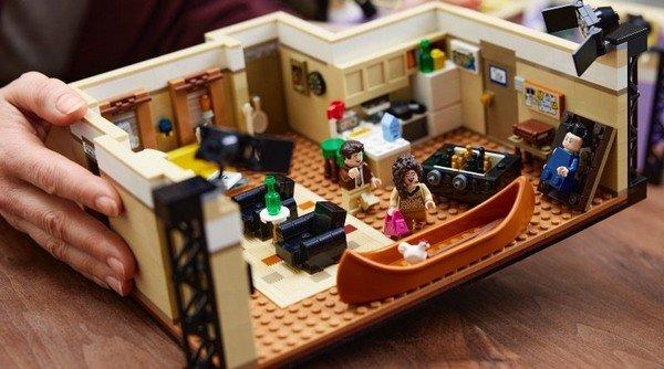Lego Friends nuovo set dedicato al telefilm