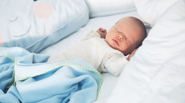 Temperatura ideale della cameretta del neonato