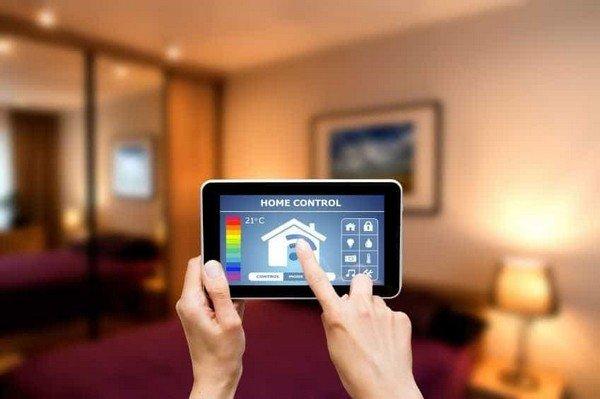 Dispositivi intelligenti e famiglia