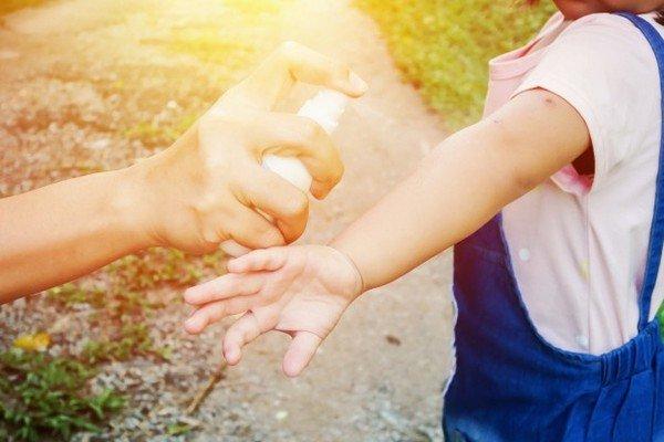 Come scegliere spray antizanzare bambini