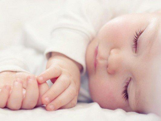Neonato dorme troppo