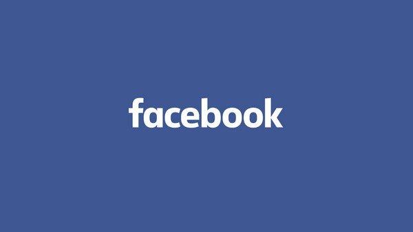 Facebook per condividere foto privatamente in famiglia