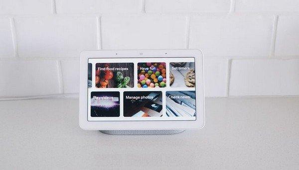 Videochiamate con i nonni smart display